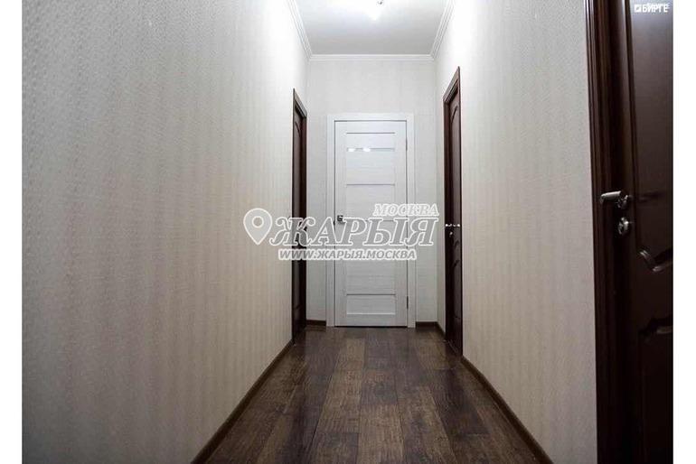 3 комнатная квартира тапшырылат таза баардык шарттар бар