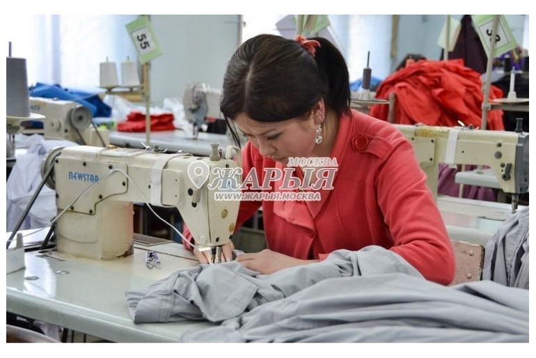Требуются швеи на швейное производство в Москве. Возможность проживания